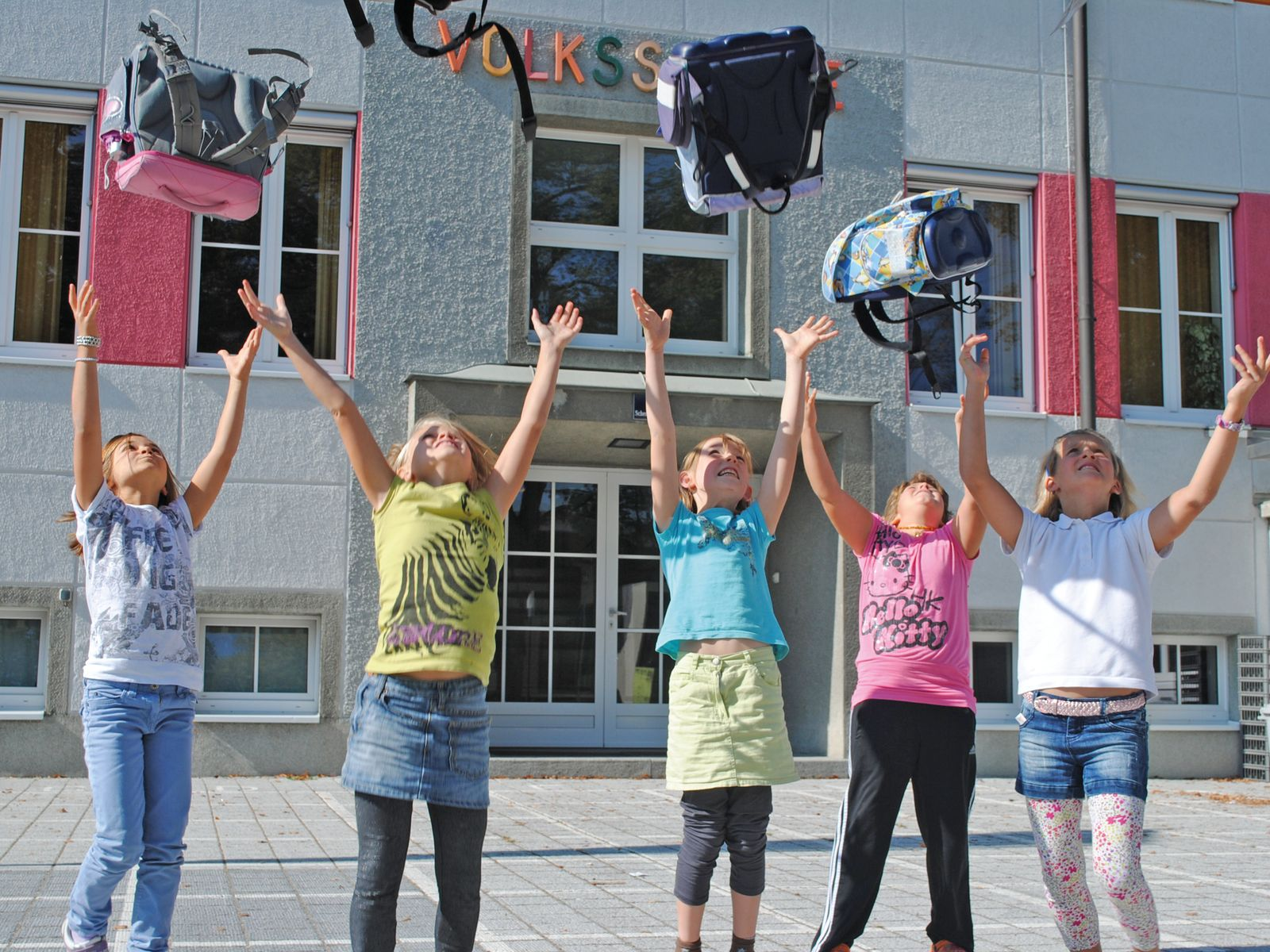 Initiative für Ganztagsvolksschule (abwechselnde Lern-, Lehr- und Freizeitphasen) in der Scherer Straße