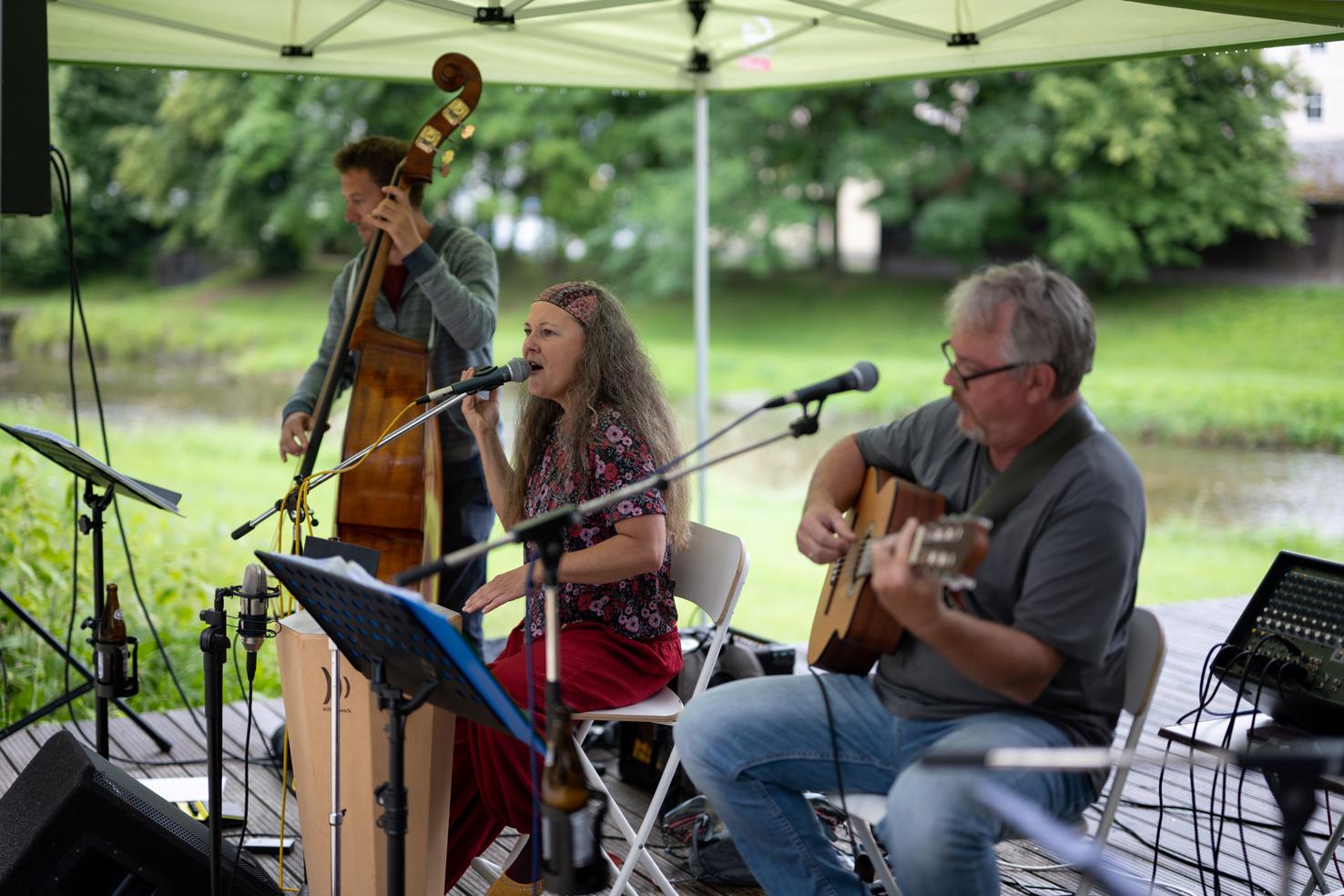Trio de Janeiro begeisterte mit ihrer Musik