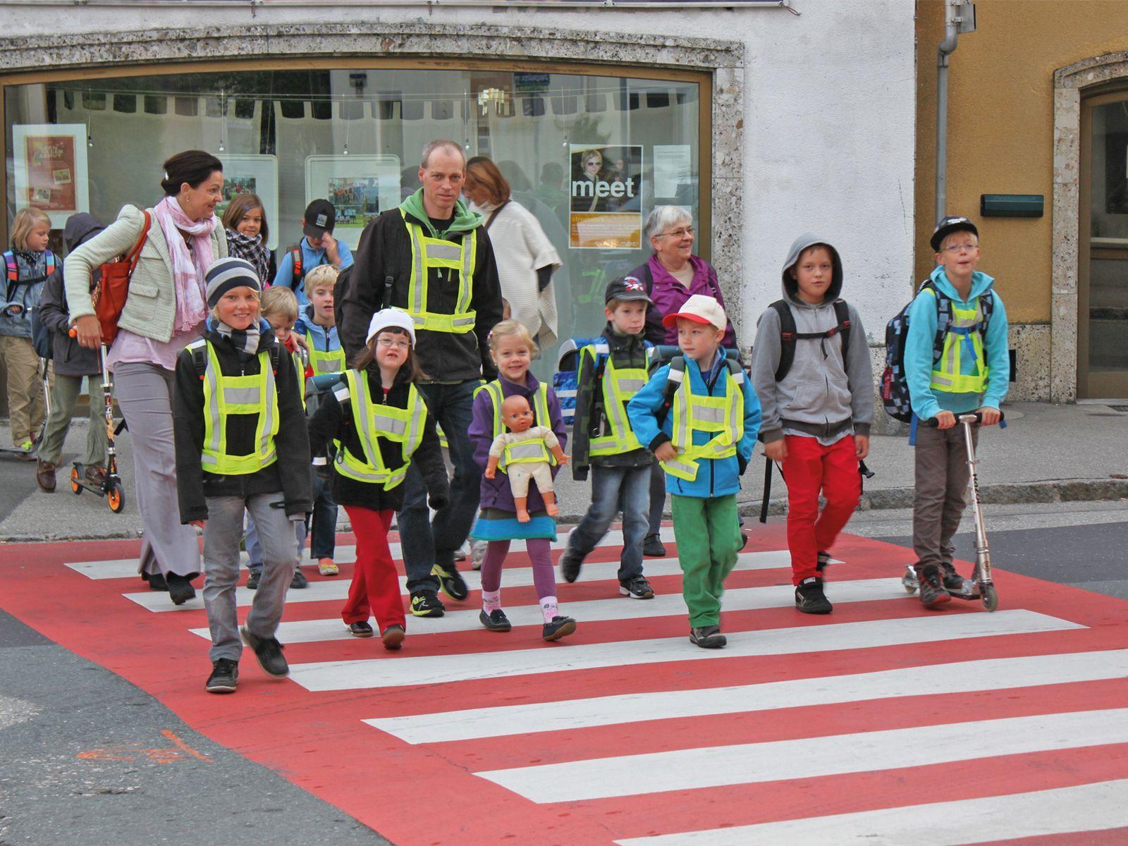 """""""Pedibus"""" für sicheren Schulweg"""